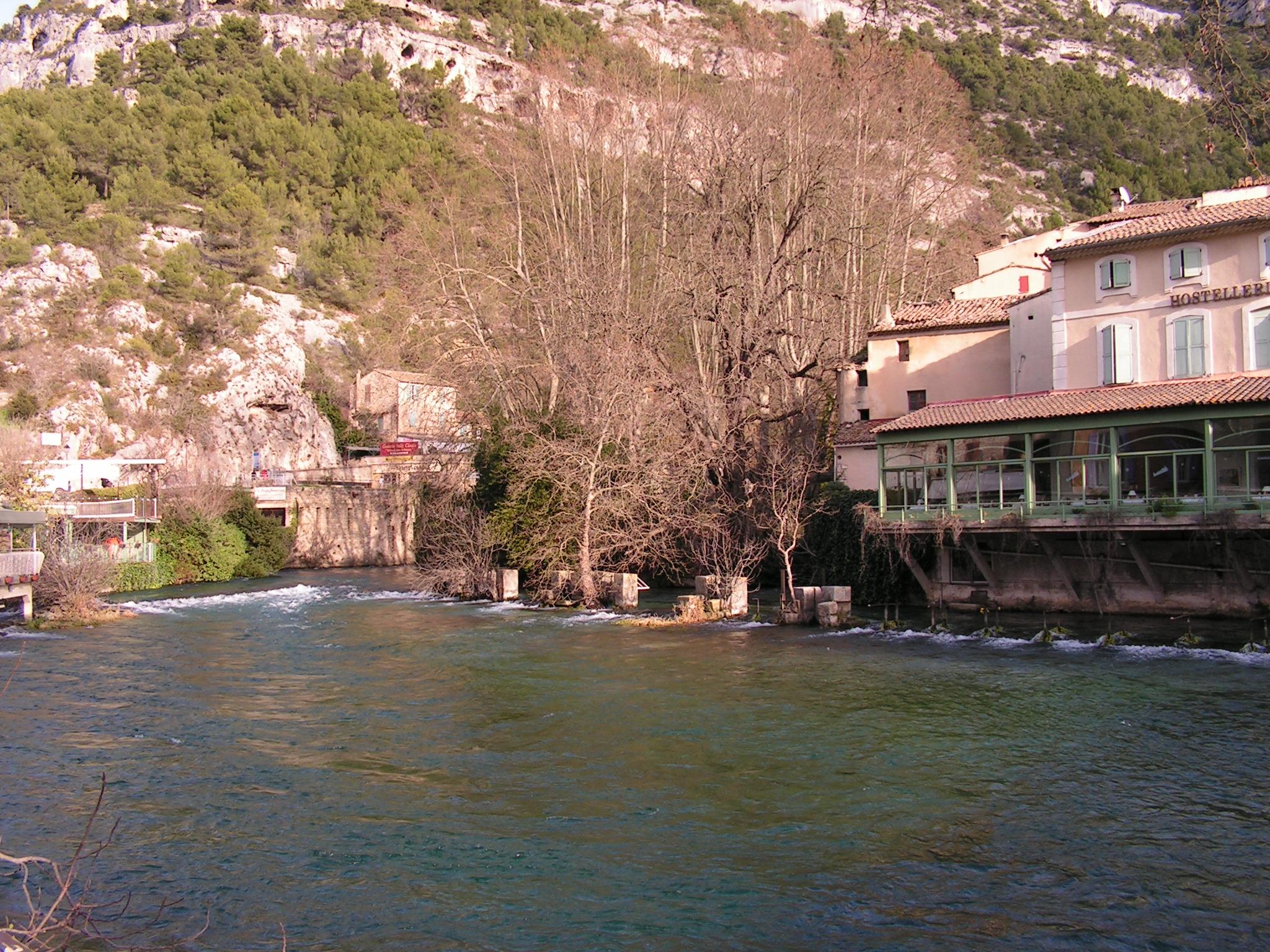 Vaucluse fontaines de vaucluse page 2 - Fontaine de vaucluse office de tourisme ...